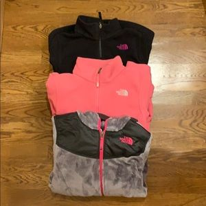 Pack of 3 North Face fleece Sweatshirts (XL)